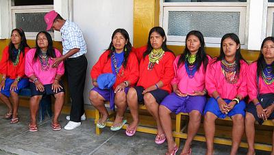 De espaldas a sus derechos <small>La situación de las mujeres del pueblo indígena urarina en Loreto</small><br />