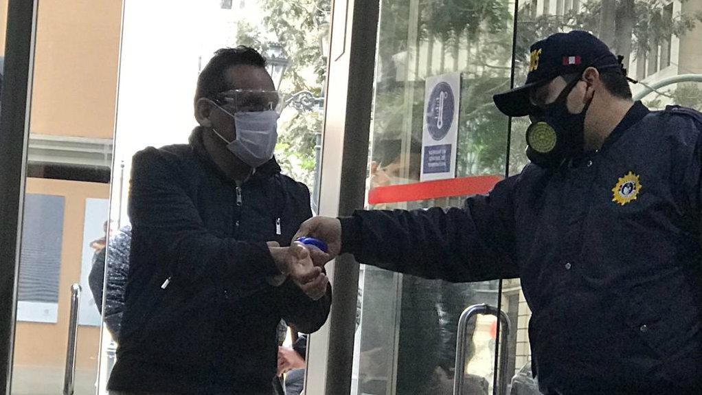 Defensoría del Pueblo: autoridades de Amazonas deben implementar medidas anti-COVID en instituciones públicas