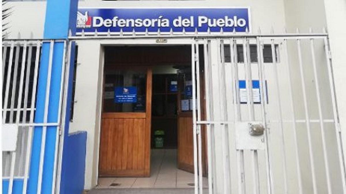 Fachada oficina en Puno