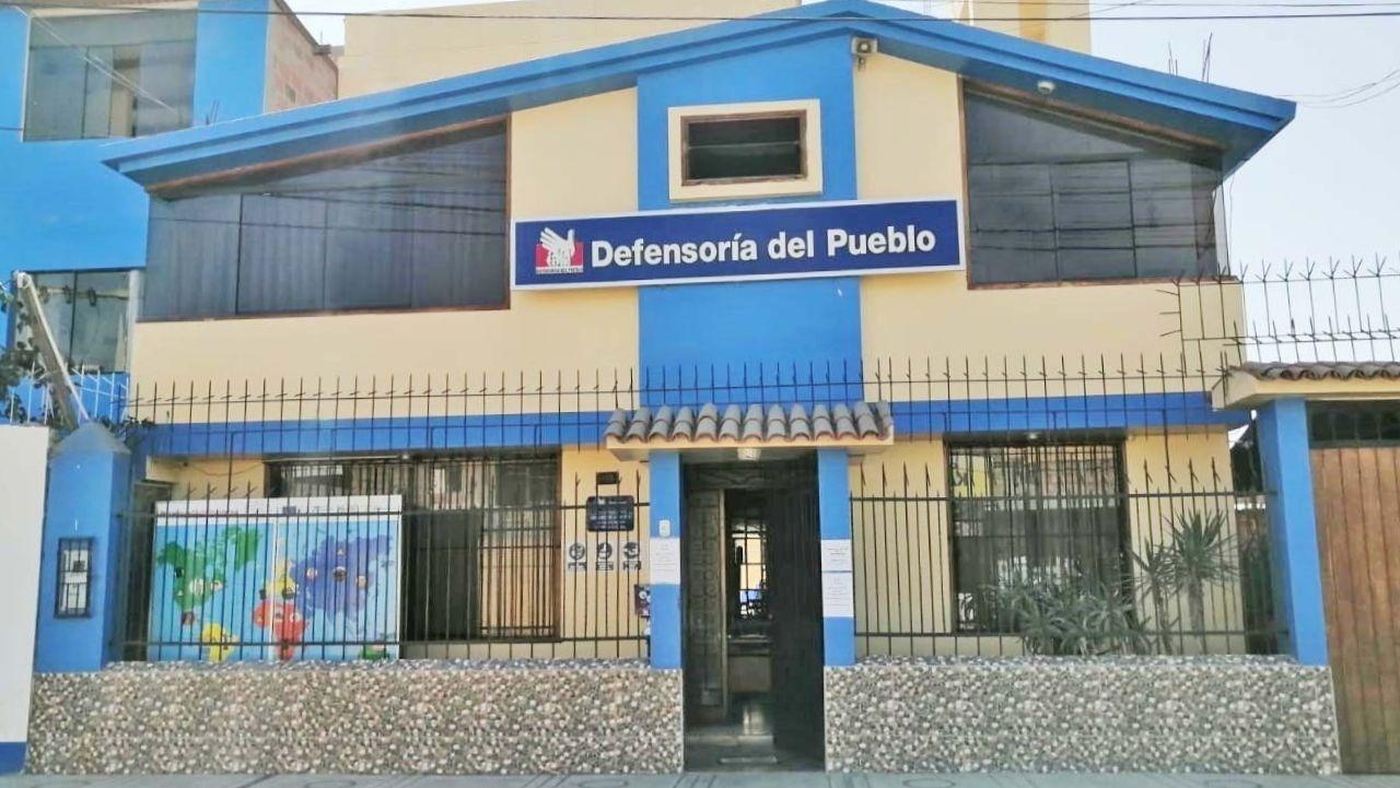 fachada de oficina en Tacna