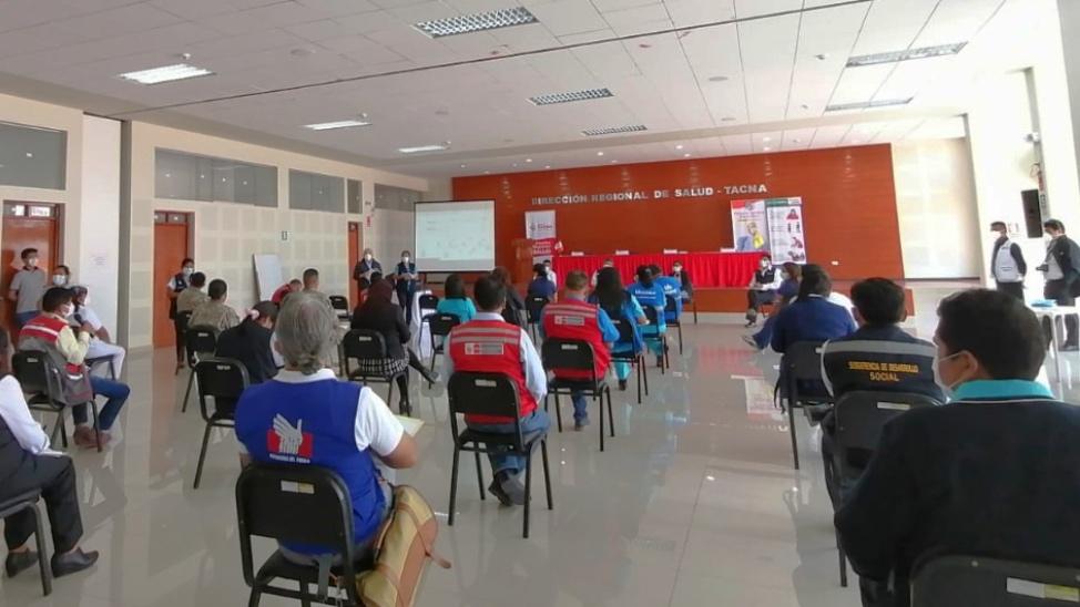 Defensoría del Pueblo: deben ampliarse los canales de difusión sobre vacunación de personas adultas mayores en Tacna